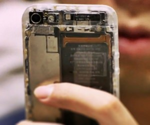 Translucent Mod Kit Exposes iPhone 5 Guts in All Its Naked Glory