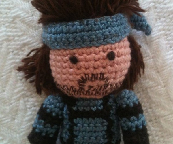 metal-gear-solid-snake-amigurumi-by-sam-wilding-4