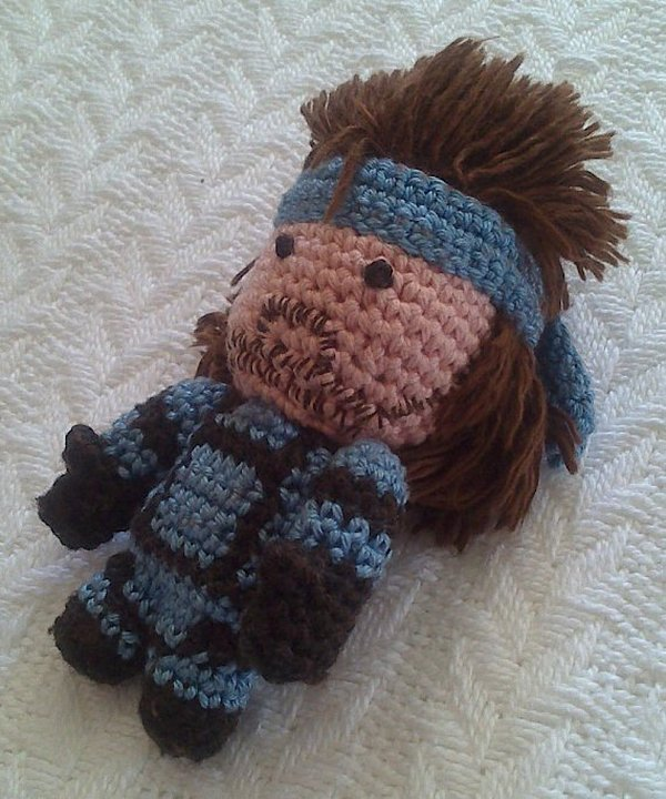 metal gear solid snake amigurumi by sam wilding