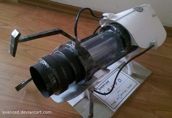 Papercraft Portal Gun: When Life Gives You Paper…