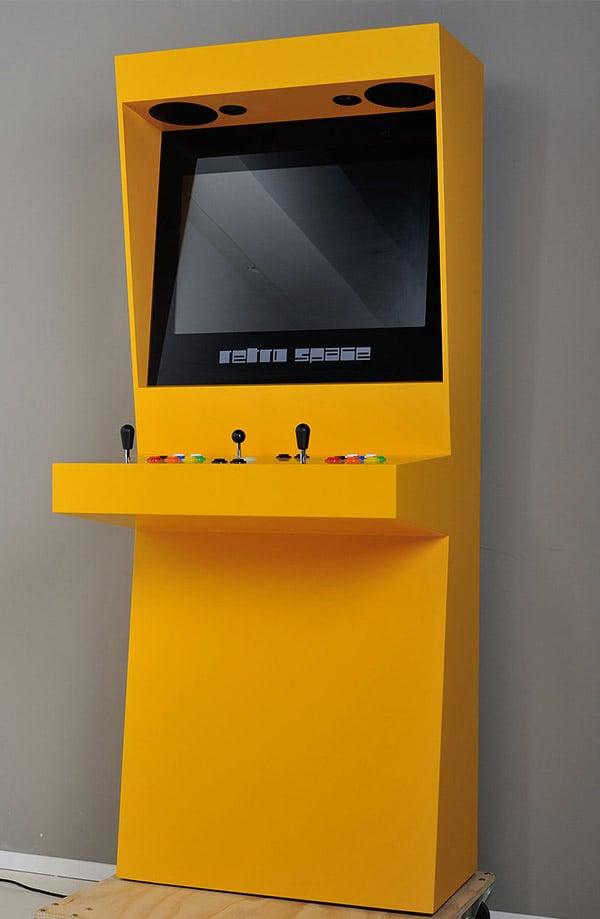 retro_space_arcade_1