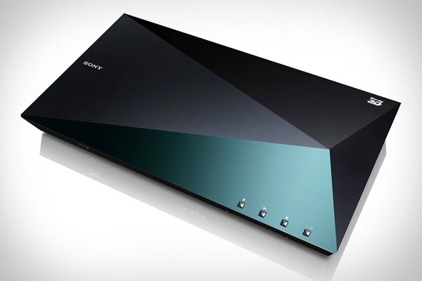 Sony S5100 Blu-Ray Player: Don't Cut Yourself on Those Sharp Angles!