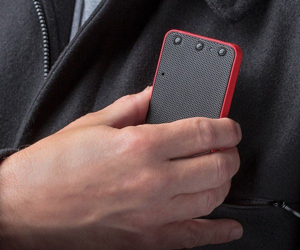 Soundmatters foxL DASH7 Bluetooth Speaker Slips into Your Pocket