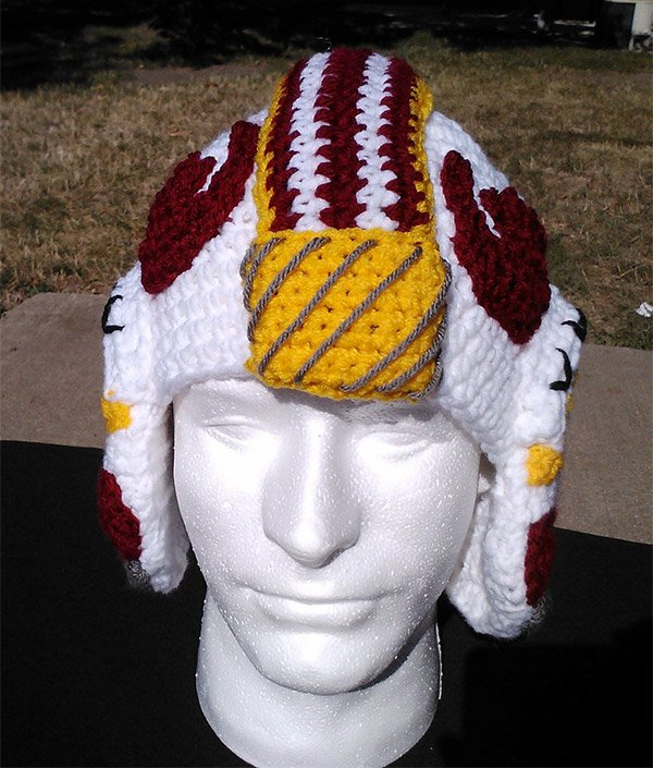 x wing helmet crocheted 2