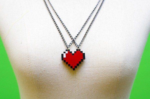 zelda-pixel-heart-jewelry-by-nastalgame-8
