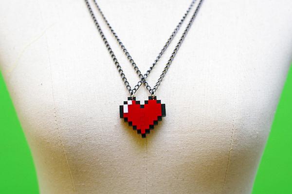 zelda-pixel-heart-jewelry-by-nastalgame-8