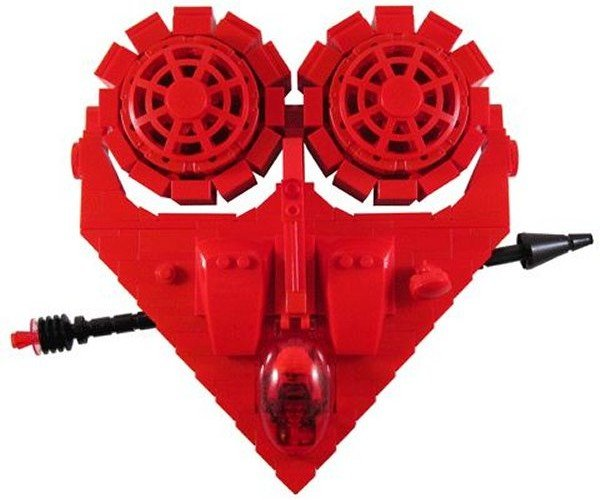 LEGO Valentine Spaceship Ready to Invade Hearts