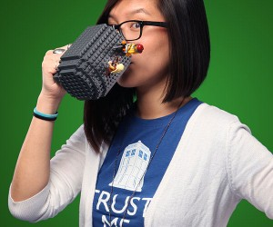 Build-on Brick Mug Lets You Build Your Own Cup of Joe