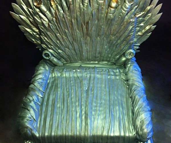 Iron Throne Cake: Pay the Fondant Price