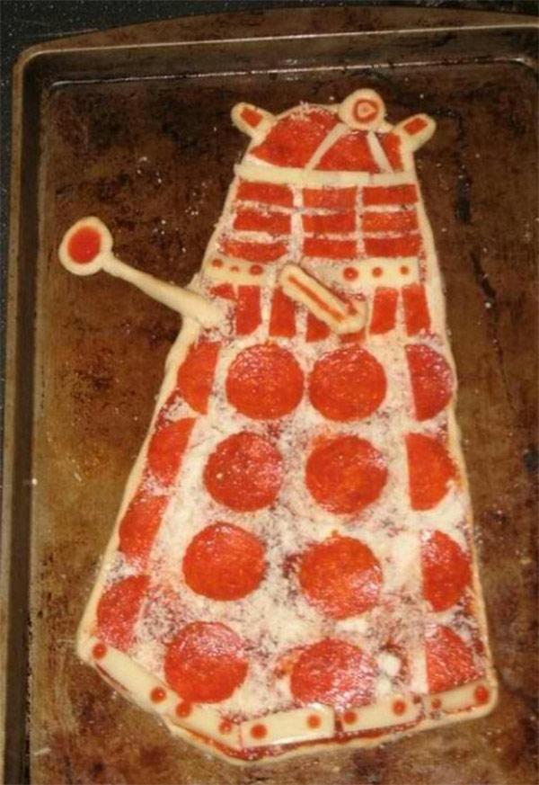 dalek-pizza
