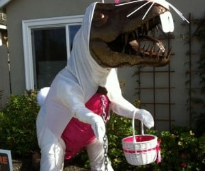 Lawn Dinosaur Gets Dressed for Every Season