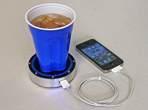 Epiphany OnE Puck Turns Heat to Electricity: World's Most Useful Coaster