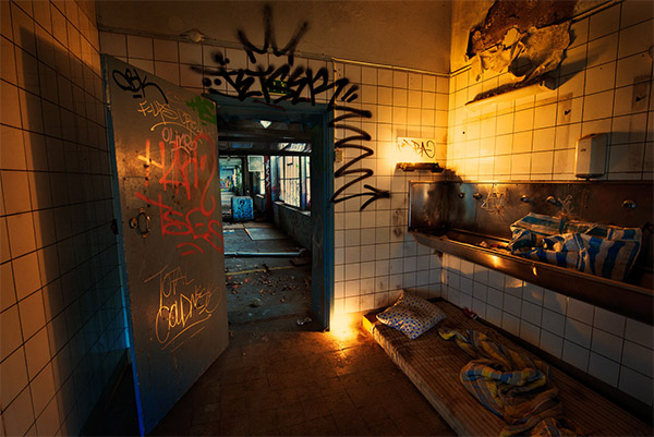 factum_homeless_hotel_1