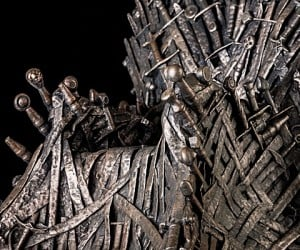 game of thrones iron throne 14 inch replica 2 300x250