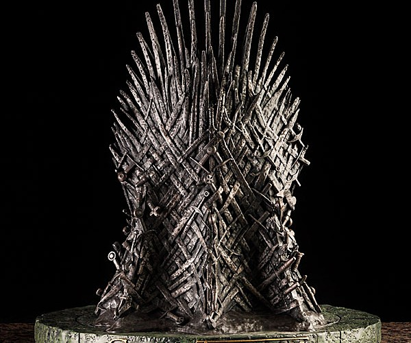 game-of-thrones-iron-throne-14-inch-replica-3