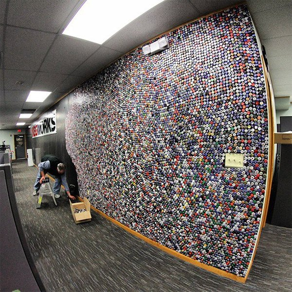 60 000 beer bottle cap wall built in two months watch it for Cool bottle cap designs
