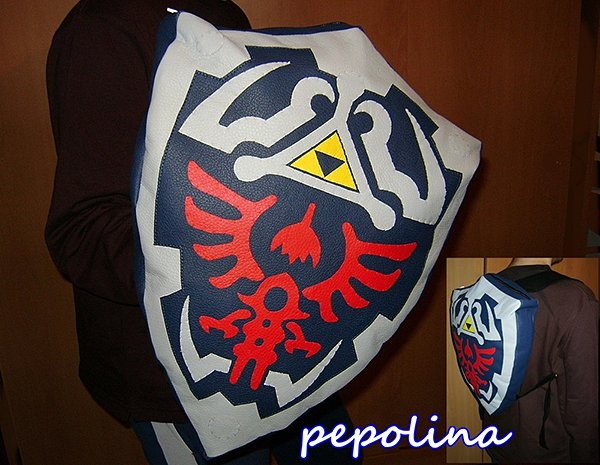 legend of zelda hylian shield backpack by pepolina 3