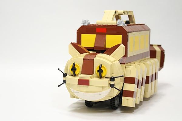 lego-catbus-by-tomoyuki-wakata
