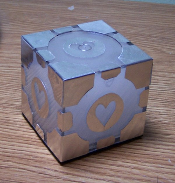 light up companion cube 2