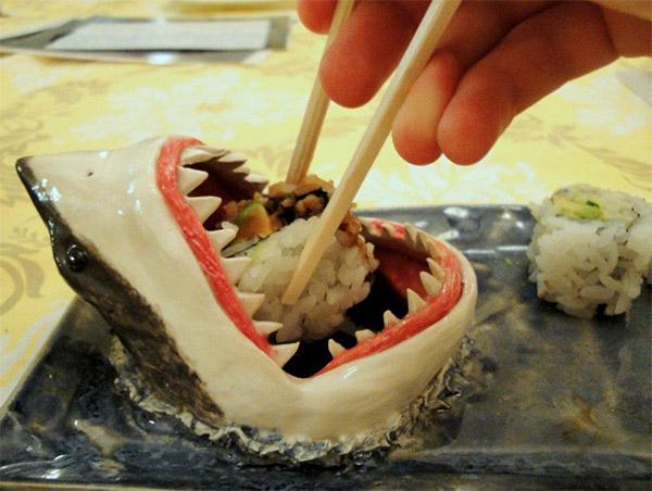 shark_sushi_platter_1