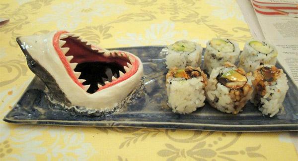 shark_sushi_platter_2