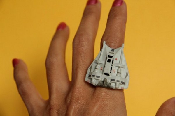 Star Wars Jewelry Made from Toys: Use the Toys, Luke!