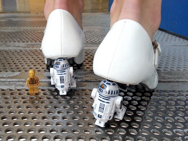 star-wars-r2-d2-heels-by-mike-warren-4