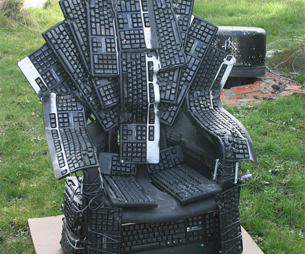Throne of Nerds: A Song of USB and QWERTY