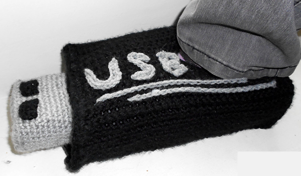 usb stick slippers UniquePcrochet