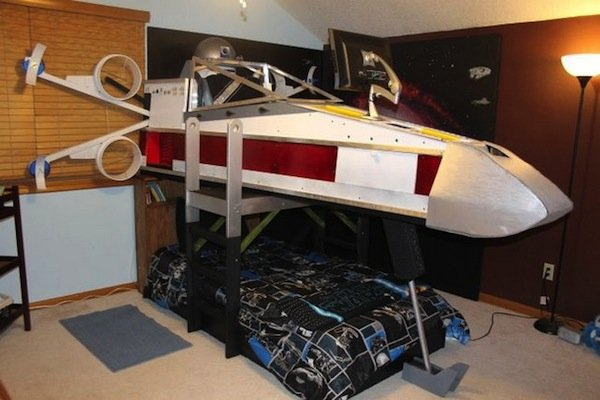 X-wing Fighter Bed: Red 5 Nodding Off