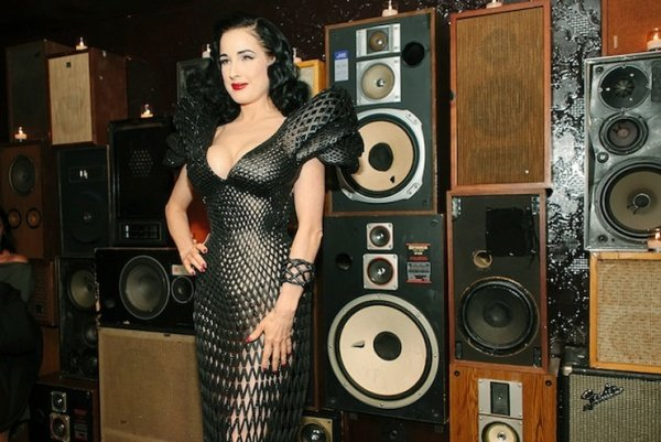 Dita von Teese Flaunts 3D-Printed Dress that Was Designed on an iPad