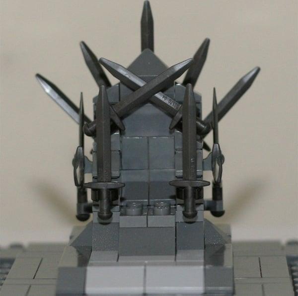 Classic Game Of Thrones Scenes Recreated In LEGO2