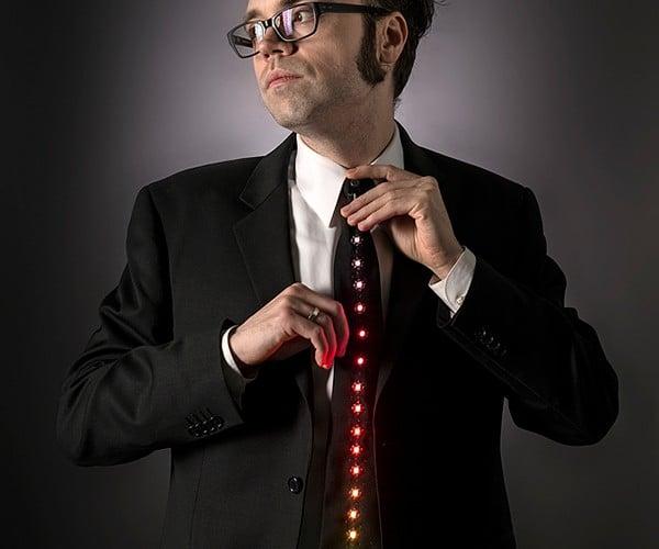LED Ampli-tie: Daft Punk Formal