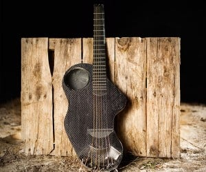 Alpaca Carbon Fiber Guitar Is Designed to Let You Rock out Anywhere