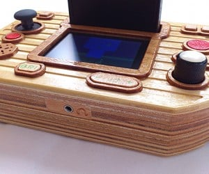 atari 2600 portable with wooden case by retro mood 3 300x250