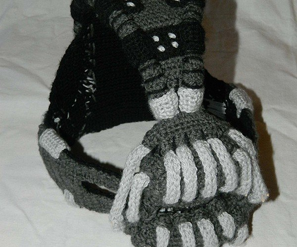 crocheted-bane-mask-by-rose-pope-5