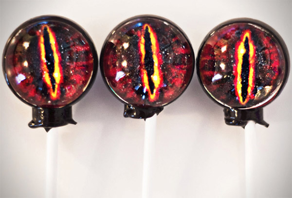 Eye of Sauron Lollipops: Lick into My Eye!