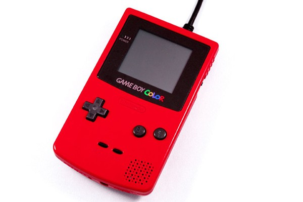 game-boy-color-external-hard-drive-by-8-bit-memory-3
