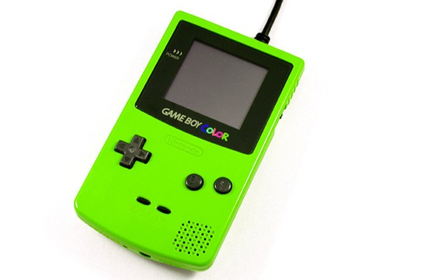 game-boy-color-external-hard-drive-by-8-bit-memory-4