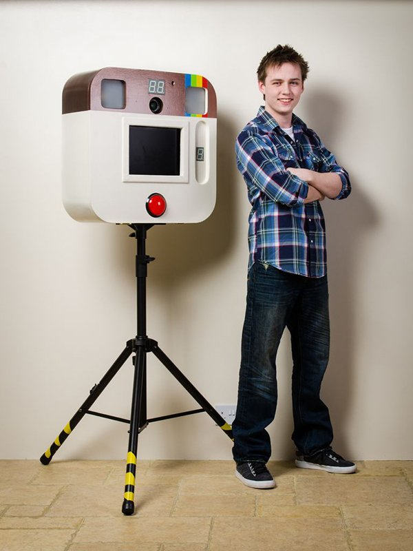 instagram photo booth by alexander morris