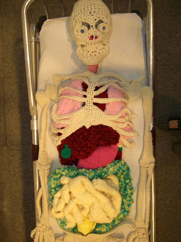 Life-Size Crocheted Skeleton with Organs: Undead Sackboy - Technabob