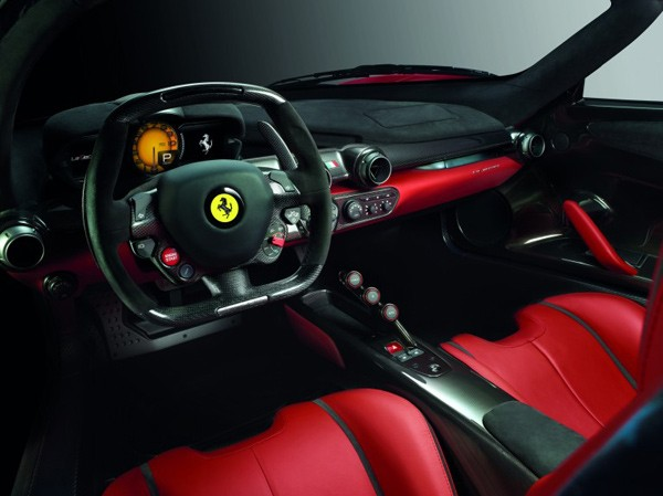 laferrari-ferrari-supercar-inside