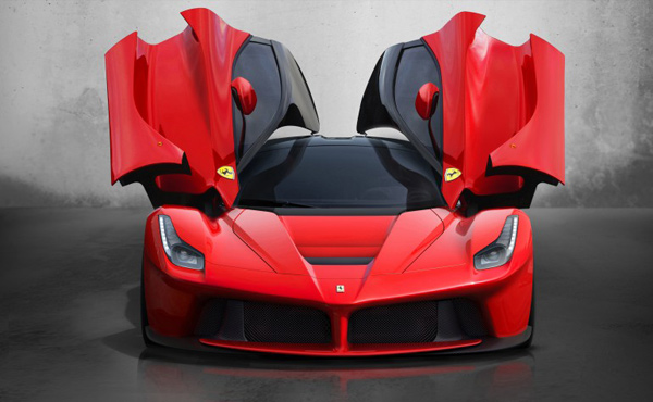 Ferrari LaFerrari Hybrid: 949 Horses, 1.3 Million Dollars, All Sold Out
