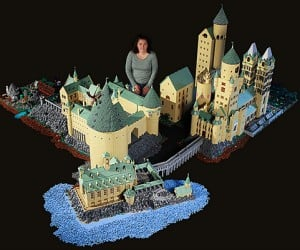 lego hogwarts harry potter castle by alice finch 300x250