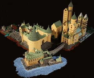 lego hogwarts harry potter castle by alice finch 9 300x250