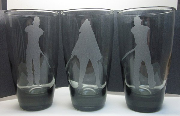 michonne pets drinking glasses