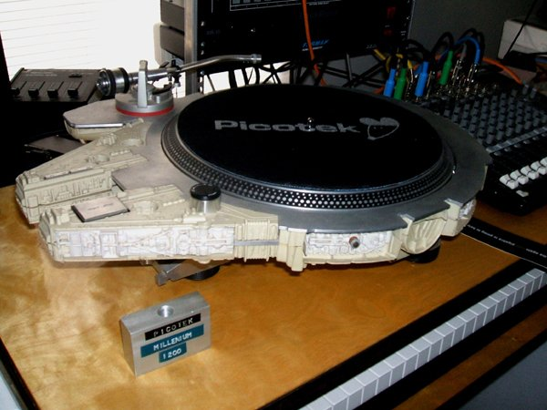 millenium falcon technics 1200 turntable by picotek design