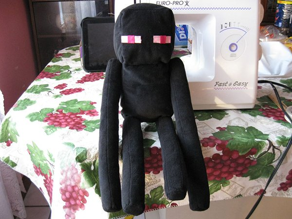 DIY Enderman Plushie: Make Him with Your Eyes Closed