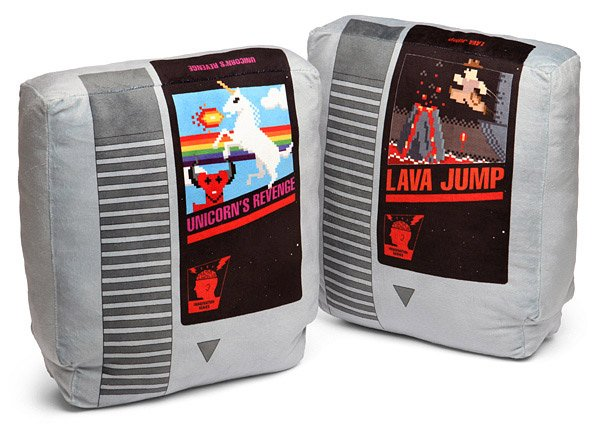 retro_nes_pillows_1
