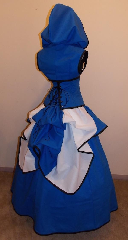 tardis gown 1